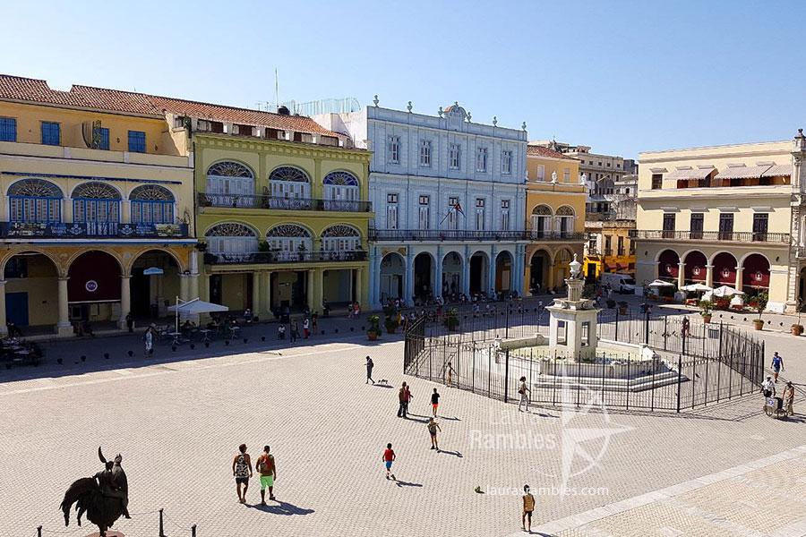 lauras rambles - havana cuba - plaza vieja